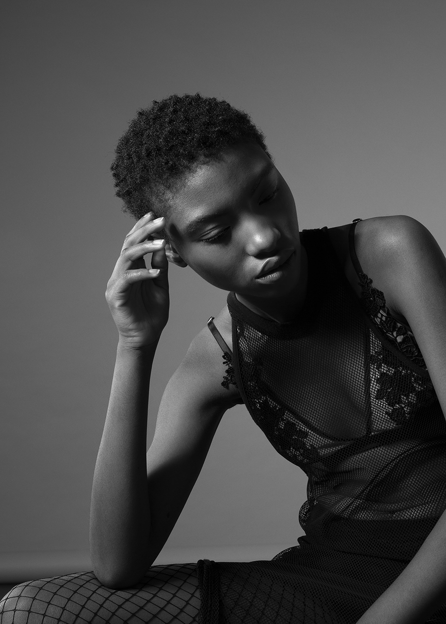 Editorial Lorenzo Berni Fashion Beauty Photographer London Milano Paris the Inner Light